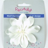 Motif thermocollant fleur blanche satin